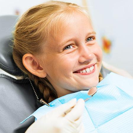 Zahnprophylaxe ab dem ersten Milchzahn