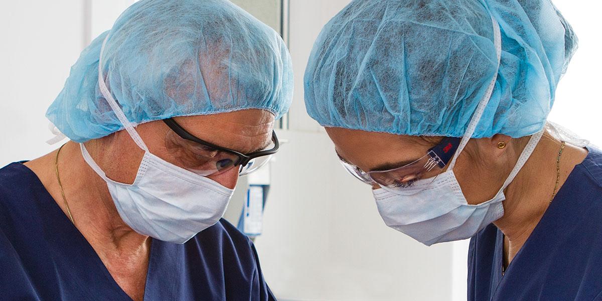 Implantologie Zahnarztpraxis Obersendling